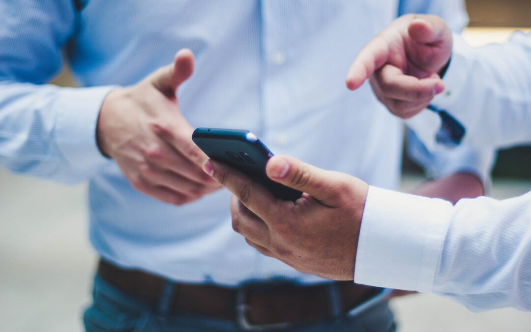 How the iOS EMM App and Mobile Device Management make onboarding easy
